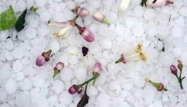 Mersin'de şiddetli dolu yağışı