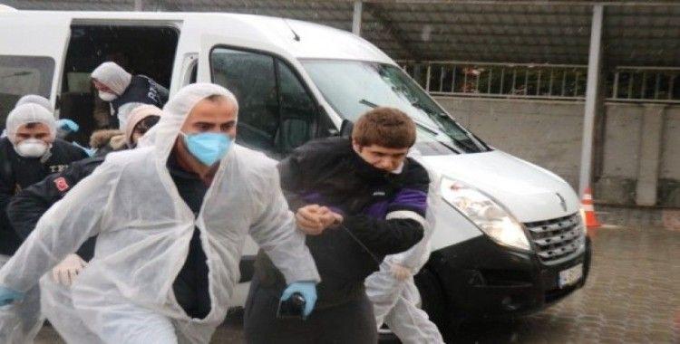 Bolu'da Türkiye Cumhuriyeti'ne küfür eden 3 öğrenciden 2'si tutuklandı