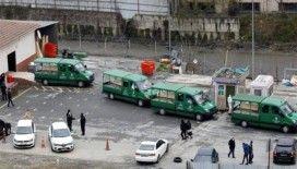 İstanbul'da ürküten koronavirüs fotoğrafları: 4 cenaze aracı arka arkaya dizildi