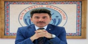 Rektör Karacoşkun maaşını bağışladı