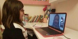 Canlı dersler başladı, 'Ekran Sınıfı'nda zili teknoloji çaldı