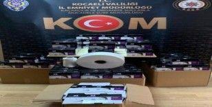 Kocaeli'de 9 bin 400 adet kaçak maske ele geçirildi