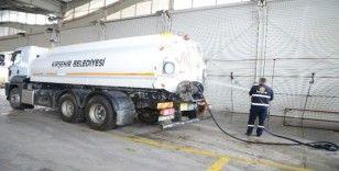 Kırşehir Belediyesi semt pazarını dezenfekte etti