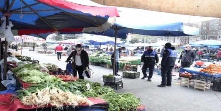 Bursa'da pazarlarda Korona virüs önlemleri arttırıldı