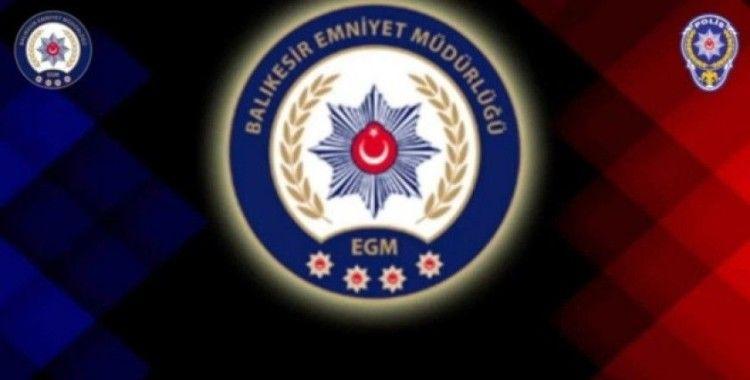 Edremit Polisi 'Evde Kal' klibi hazırladı