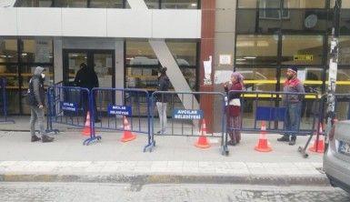 Vatandaşlar bu kez sosyal mesafe uyarılarına kulak verdi