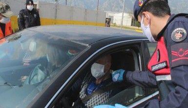 Antalya'ya giriş yapacak kişiler 14 gün gözetim altında tutulacak