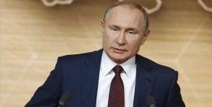 Rusya Devlet Başkanı Putin: 'Ülkenin ekonomisi zor durumda'