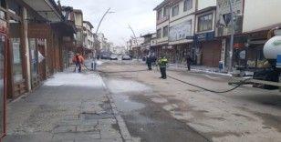 Pasinler'de cadde ve sokaklar dezenfekte edildi