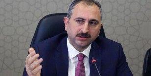Adalet Bakanı Gül: 'Yargıya güven, hukukun tüm paydaşlarının ortak çabasıyla gelişebilecektir'