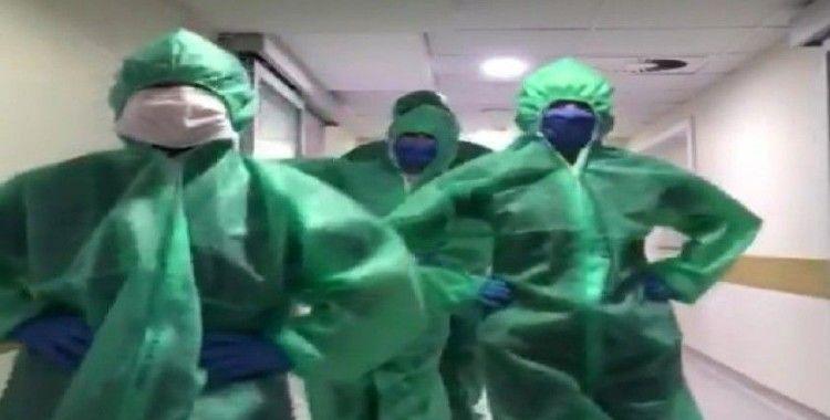 Yoğun bakım çalışanlarından 'penguen dansı'