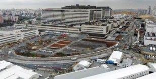 (Özel) Başakşehir Şehir Hastanesi yolundaki hummalı çalışma drone ile görüntülendi