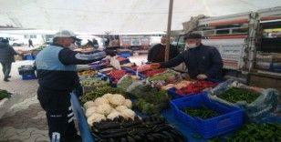 Daday'da pazar yerinde demir bariyerli korona virüs önlemi