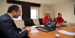 Sağlık çalışanlarına video konferansla moral verildi