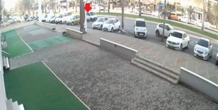 Polis memurunun ölüğü kaza kamerada