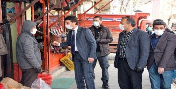 """Çatak Belediye Başkanı Şeylan'dan """"Sosyal Mesafe"""" uyarısı"""