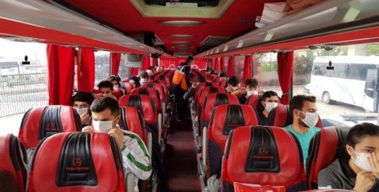 14 günlük karantina süresi dolan öğrenciler evlerine gönderildi