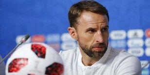 İngiltere Futbol Federasyonundan maaşlarda geçici kesinti