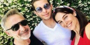 Arzum Onan'ın oğluna baba tıraşı