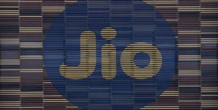 Facebook, Hindistan merkezli Jio'ya 5.7 milyar dolar değerinde yatırım yaptı