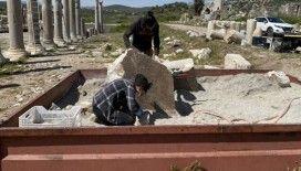Patara'da bulunan 'yazıt' kazı ekibini heyecanlandırdı