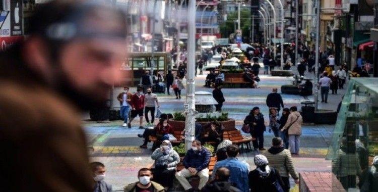 Bakırköy Meydanı'nda dikkat çeken yoğunluk