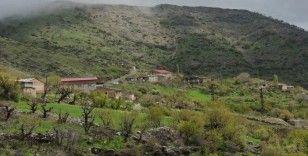 Kozluk'ta bir mezra karantinaya alındı