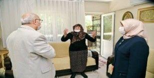 Vali Köşger'den 110 yaşındaki Anahanım anneye ziyaret