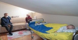 20 yıldır engelli çocuklarına tek başına bakan anneye anlamlı ziyaret