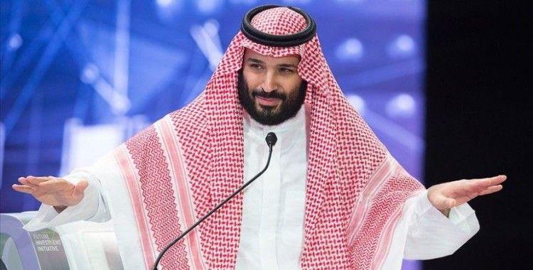 Suudi Arabistan ekonomik krizle mücadele için kemer sıkma önlemlerini artırdı