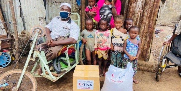 TİKA'dan Gine'de Kovid-19'dan etkilenen bin aileye gıda yardımı