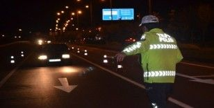 Seyahat kısıtlamasının kalktığı Ordu'da polis ekipleri rutin kontrollerini sürdürüyor
