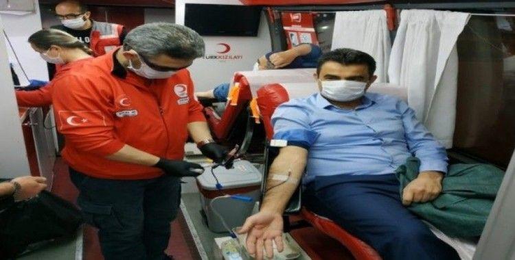 Safranbolu'da öğretmenlerden kan bağışı