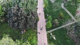 Maçka Parkı'na giden vatandaşların yoğunluğu havadan görüntülendi