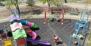 Minikler ve gençler için oyun alanları ve parklar hazırlandı