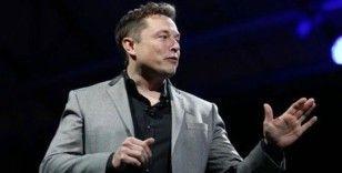 Musk, tutuklanmayı göze alarak Tesla'yı açıyor