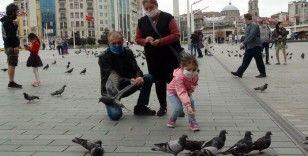 Taksim Meydanı'nda çocuk sesleri