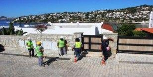 Özdil'in villasında yıkımı durdurma kararı
