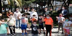 Konak'ta parklar yeniden çocukların oldu