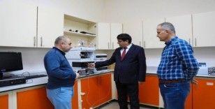 Rektör Alma, Gıda ve Mikrobiyoloji Laboratuvarlarına Covid-19'a karşı Ar-Ge çalışması talimatı verdi