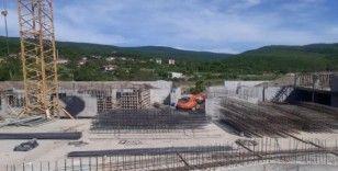 Yeni Cide Devlet Hastanesi inşaatında çalışmalar sürüyor