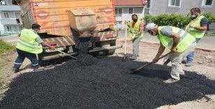 İzmit'te bozulan cadde ve sokaklar asfaltlanıyor