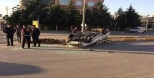 Adıyaman'da iki otomobil çarpıştı, 2 yaralı