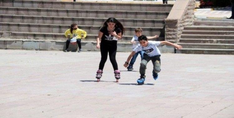 Cumhuriyet Meydanı çocuklara kaldı