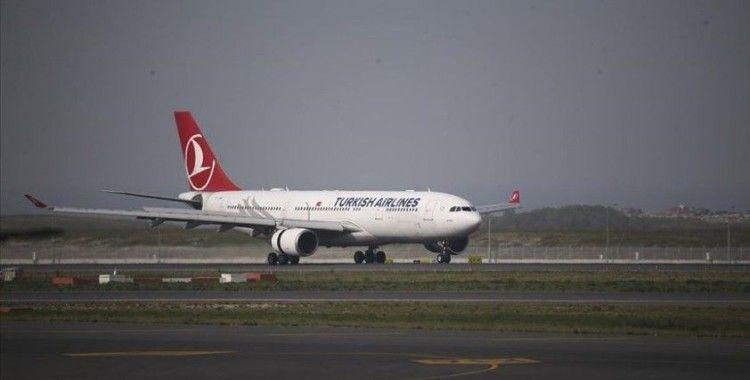 Karayipler'de farklı ülkelerdeki Türk vatandaşları ile bazı ülke vatandaşlarını taşıyan uçak Türkiye'ye geldi
