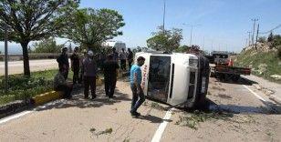 Kırıkkale'de yolcu minibüsü devrildi: 7 yaralı