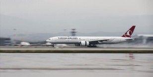 THY uçağı, 79 yolcusuyla New York'a hareket etti