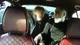 Vatandaşın çantasından 200 bin lira çalan yankesiciler taksi kamerasında
