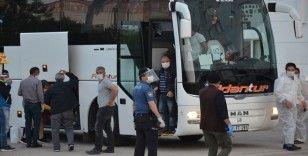 KKTC'den getirilen 288 kişi Karaman'da yurda yerleştirildi