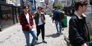 Rize'de cadde ve sokaklar gençlerin